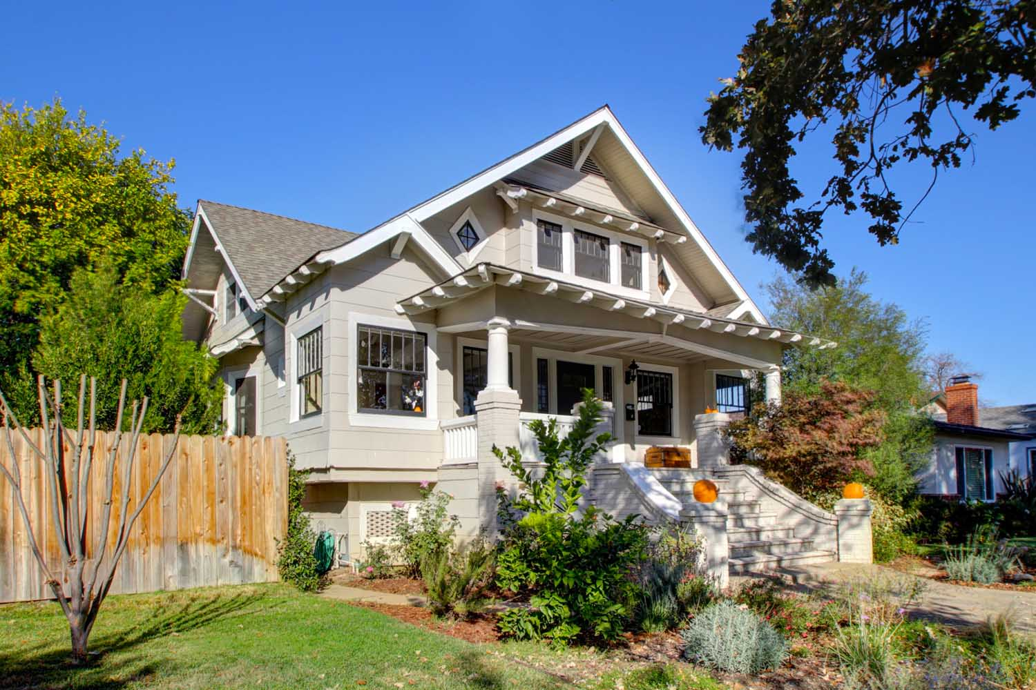 Awesome Extraordinary Craftsman Home In East Sacramento