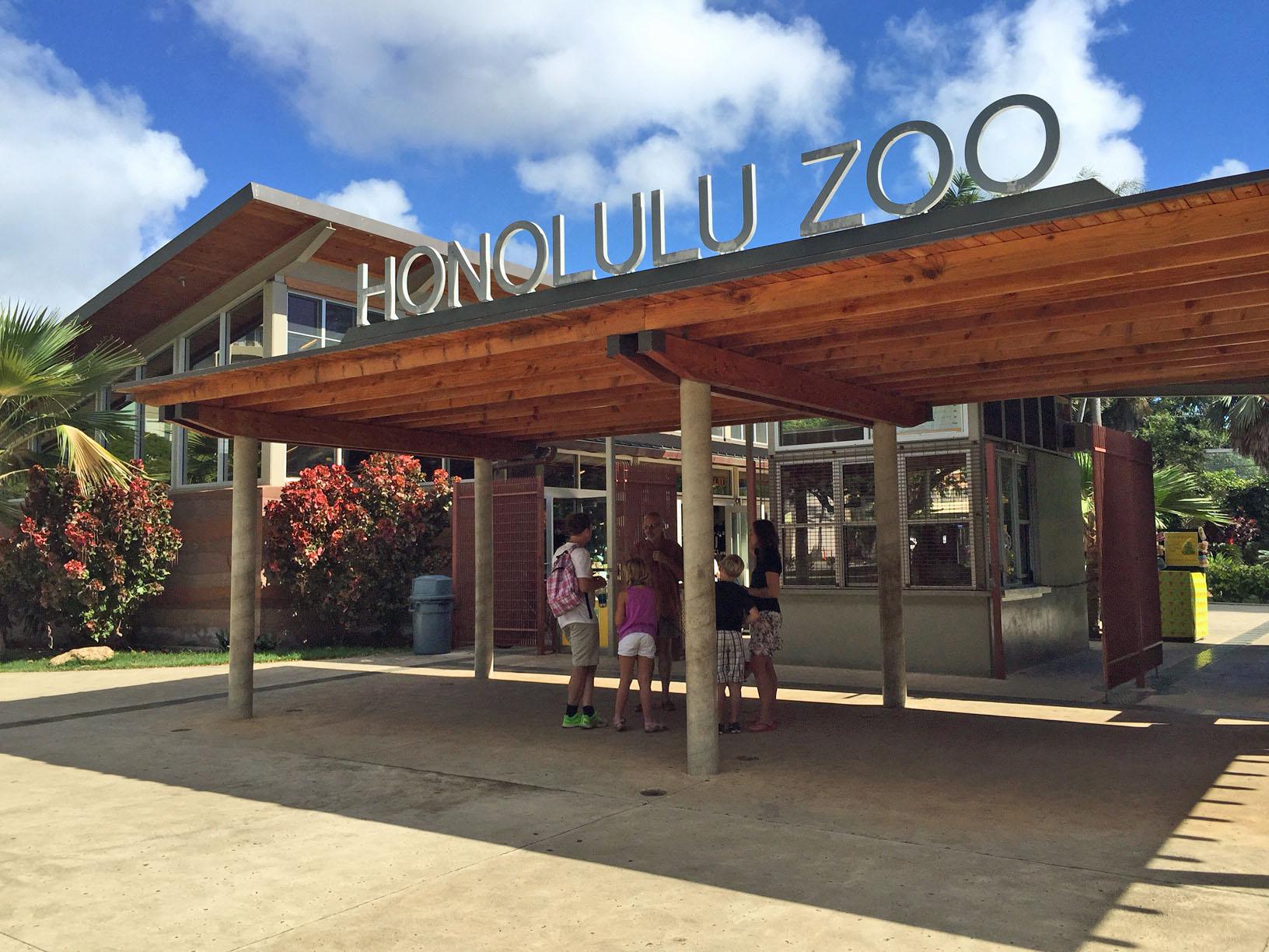Twilight Zoo Tour