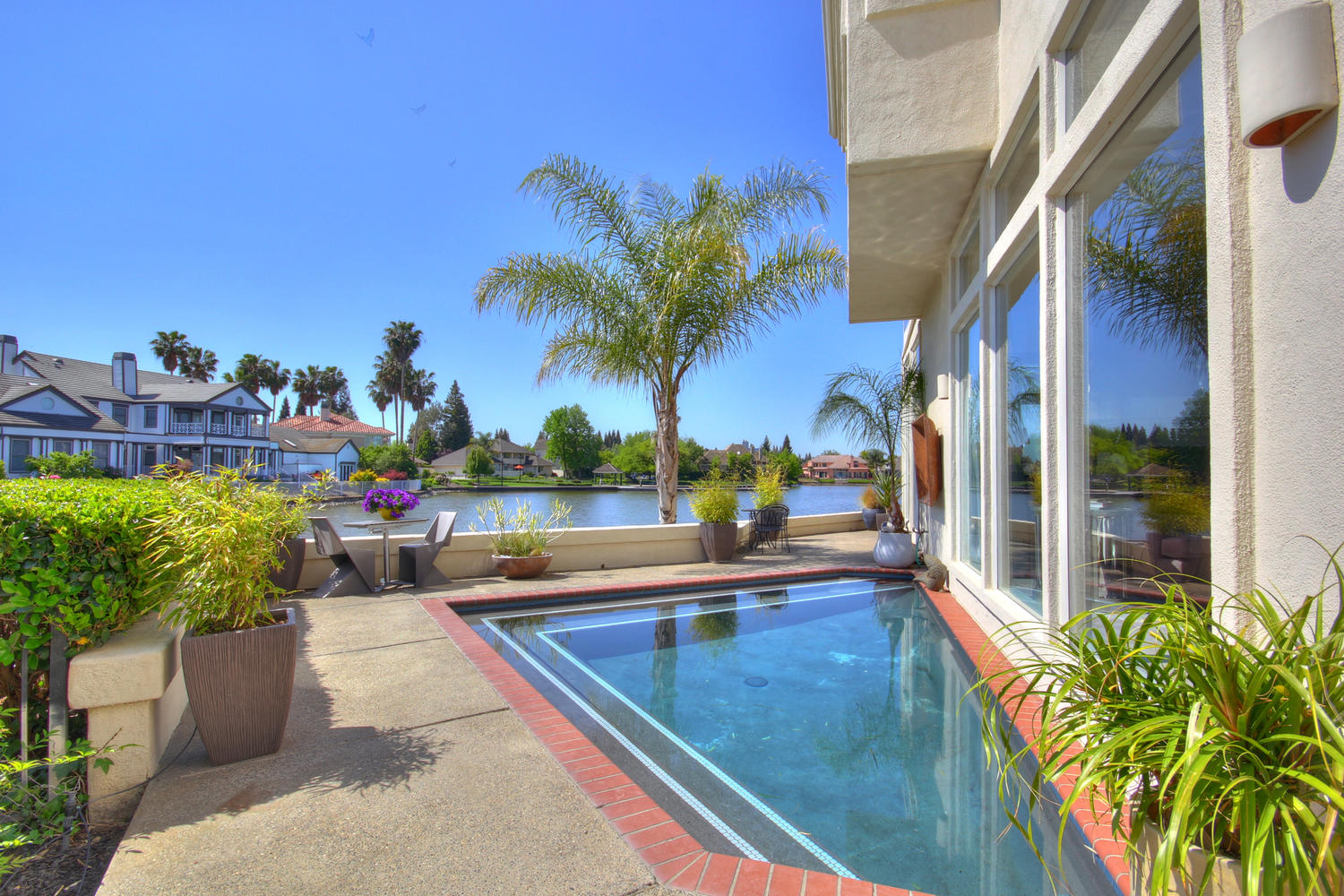 Luxury Homes On The Water In Sacramento